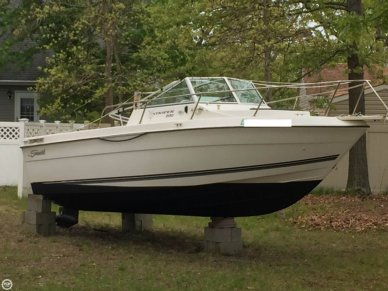 Seaswirl Striper 2150, 22', for sale - $15,000