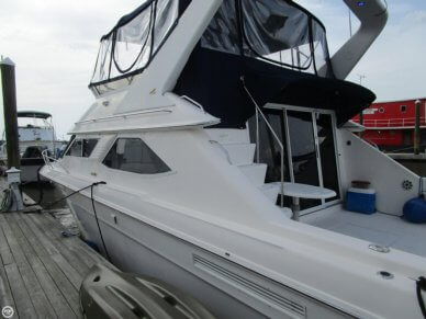 Sea Ray 440 Express Bridge, 47', for sale - $99,900