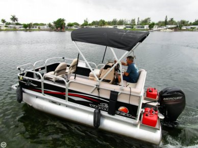 Sun Tracker Bass Buggy 16 DLX, 16', for sale - $15,900