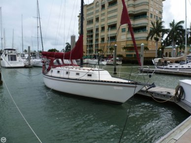 Hunter 33, 33', for sale - $19,000