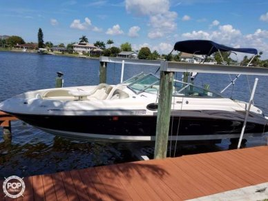 Sea Ray 270 Sundeck, 26', for sale - $27,500