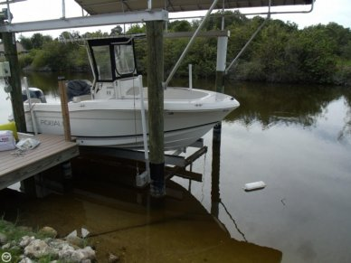 Robalo R180, 18', for sale - $38,500