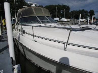 Sea Ray 340 Sundancer, 33', for sale - $73,700