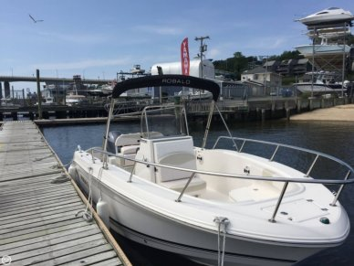 Robalo R200, 20', for sale - $42,500
