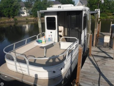 Tracker Party Cruiser 32 I/O Regency Edition, 34', for sale - $8,500