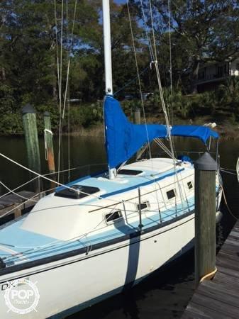 Hunter 27 Cherubini, 27', for sale - $15,000