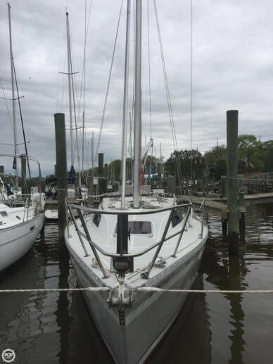 O'day 322, 32', for sale - $25,600