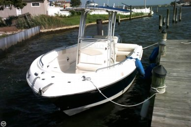 Robalo R 222, 21', for sale - $48,600