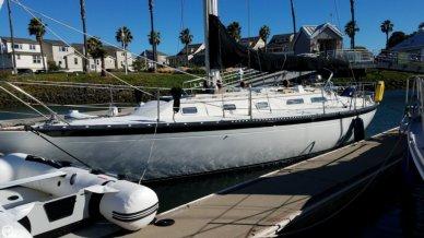 Islander 36, 36', for sale - $20,000