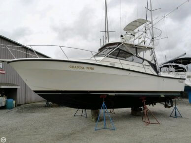 Rampage 33 Sport Fish Express, 33', for sale - $40,000