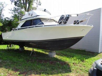 Bertram 28 Flybridge Cruiser, 28', for sale - $22,995