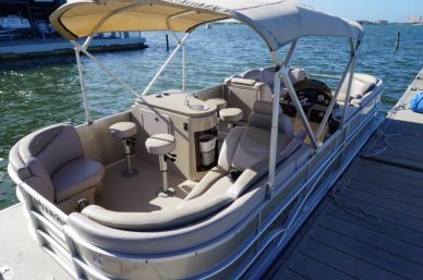 Sylvan Mirage 8522, 22', for sale - $30,000
