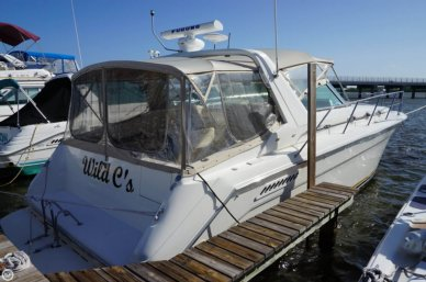 Sea Ray 370 Express Cruiser, 37', for sale - $49,900