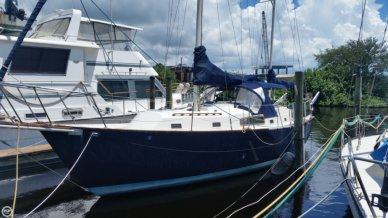 Irwin Yachts 37 Mark V, 37', for sale - $34,000