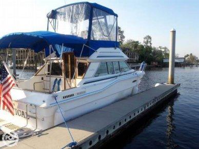 Sea Ray Sedan Bridge SRV300, 30', for sale - $18,000