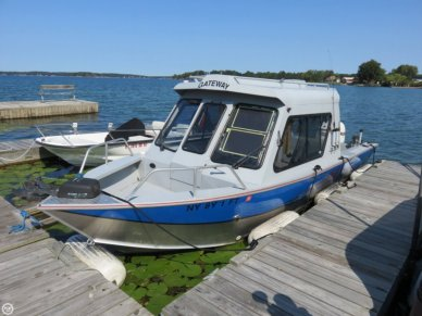 Hewescraft 220 Sea Runner, 22', for sale - $46,300