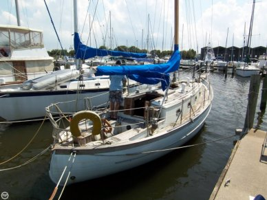 Ta Chiao 34 Fiberglass Cutter Rig Sloop, 36', for sale - $16,000