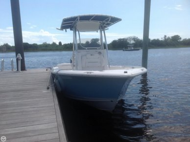 Sea Hunt 196 Ultra, 19', for sale - $40,000