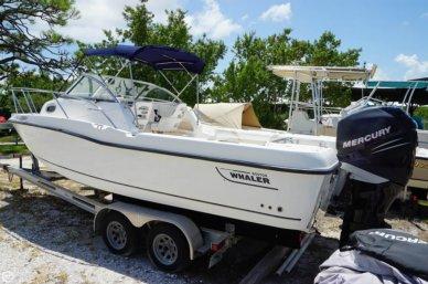 Boston Whaler 235 Conquest, 25', for sale - $42,000