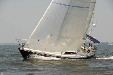 C & C Yachts 35 MK III, 35', for sale - $49,949