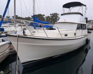 Mainship 34, 34', for sale - $29,000