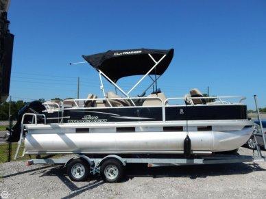 Sun Tracker Fishin' Barge 22 DLX, 22', for sale - $24,500