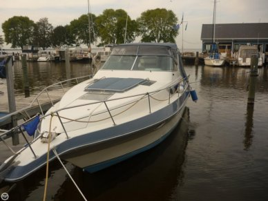 Cruisers 3170 Esprit, 35', for sale - $15,000