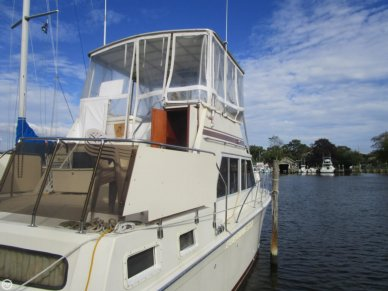 Uniflite 36 Double cabin, 36', for sale - $23,000