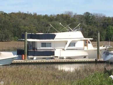 Pearson 43 Motoryacht, 43, for sale