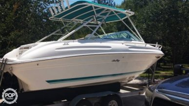 Sea Ray 215 Express Cruiser, 22', for sale - $15,000