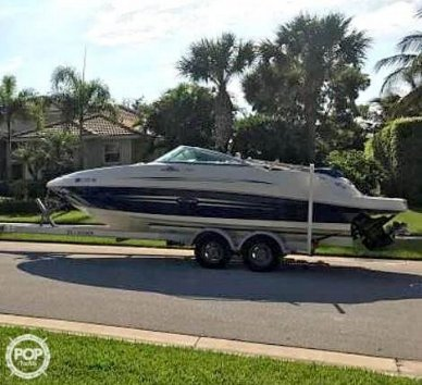 Sea Ray 220 Sundeck, 23', for sale