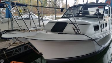 Carver 28 Riviera, 28', for sale - $15,000
