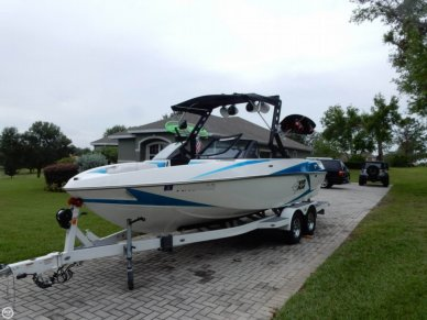 Malibu Axis T22, 21', for sale - $74,000