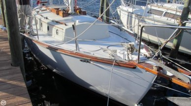 Liberty 28, 32', for sale - $19,000