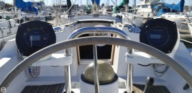 Beneteau Oceanis 350, 33', for sale