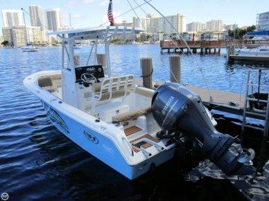Sea Hunt Ultra 211, 21', for sale - $75,000