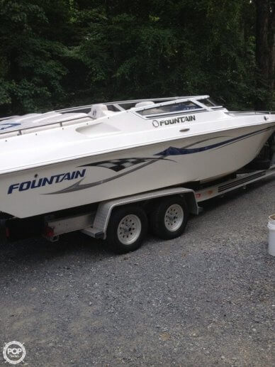 Fountain 27, 27', for sale - $50,000