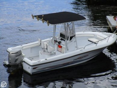 Triumph 210 Center Console, 22', for sale - $14,800