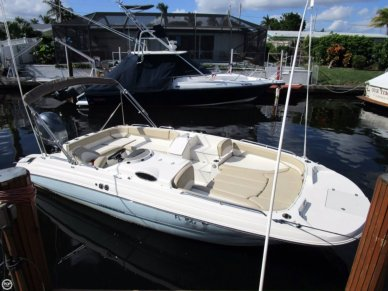 Stingray 212SC deck boat, 212, for sale