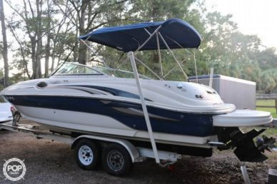 Sea Ray 240 Sundeck, 26', for sale - $27,900