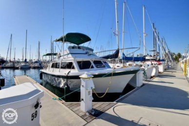Luhrs 320 Flybridge Convertible, 32', for sale - $25,000