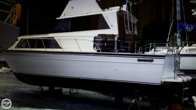 Marinette 32 Sedan, 32, for sale - $14,500