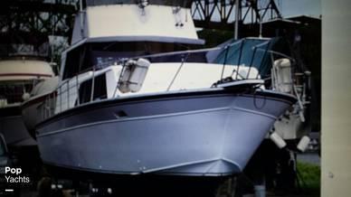 1989 Marinette 32 Sedan - #2