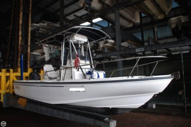Boston Whaler 20 Outrage, 19', for sale - $35,000