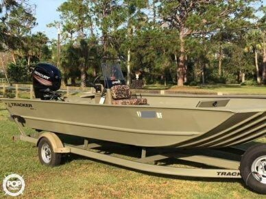 Tracker Grizzly 2072CC, 21', for sale - $25,600