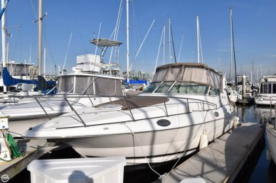 Cruisers 3075 Express, 33', for sale - $64,900