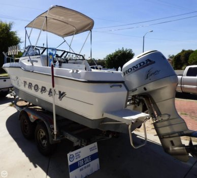 Bayliner Trophy 2002 WA, 20', for sale - $17,500