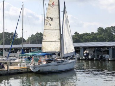Catalina 30, 30', for sale - $19,999