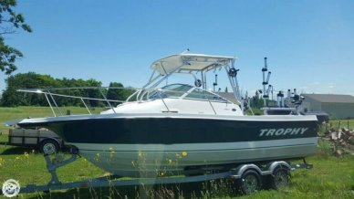 Trophy 2102, 21', for sale - $42,700