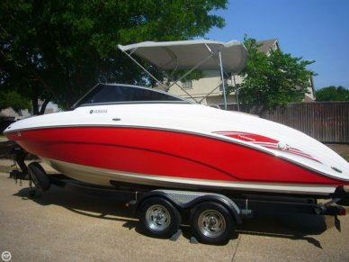 Yamaha SX 240 HO, 23', for sale